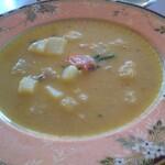 134706287 - サーモンとジャガイモのスープ