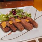 中村孝明YOKOHAMA - ♦︎黒毛和牛厚切りステーキ ¥3,300