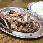 鳥源 - 料理写真:骨付鳥 親カット