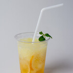 自家焙煎珈琲 ICHI no KURA coffee&soft cream - 氷までレモンのレモンスカッシュ