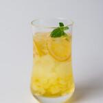 自家焙煎珈琲 ICHI no KURA coffee&soft cream - 氷までレモンのレモンスカッシュテイクアウト