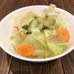 MooM - 料理写真:サラダ