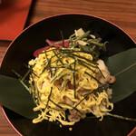 郷土料理 五志喜 - ダークホースのみかん寿司さん。これは食べていただきたい。