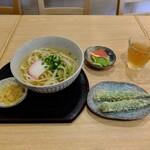 さぬきうどん よし田 - 料理写真:ひやかけ、オクラ天