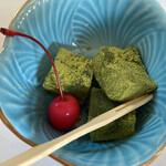 うお茂 - デザート 抹茶のわらび餅