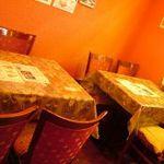 ナマステ タージマハル - 1Fはテーブル席です。お一人様でもお気軽にどうぞ☆