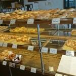 つっちゃまのあんぱん - 料理写真:パンコーナー①