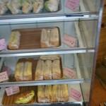 つっちゃまのあんぱん - サンドイッチ コーナー