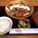 味の郷 こばりどん - 料理写真:チキン南蛮膳(1210円)