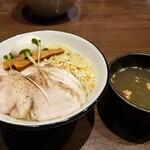 ニシキ イワモト・マツヤマ・ラーメンバー - 鯛塩つけSoba 「福寿」