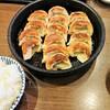 鉄なべ - 料理写真:焼餃子2人前・ご飯(小)