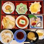 四十萬亭 - 料理写真:おまかせ定食
