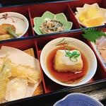 四十萬亭 - おまかせ定食(毎日10食限定です)