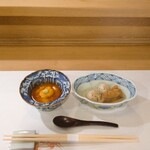 134792545 - 湯葉汁 ウニ入り     小芋と穴子を炊いたもの