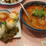 ティーヌン - 生春巻きとトムヤムスープです