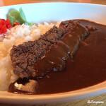 BOUCHON礼 - ビーフステーキが横たわるビーフカレー