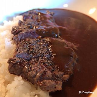 BOUCHON礼 - 料理写真:存在感のあるビーフステーキ