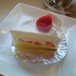 1348216 - 苺のショートケーキ