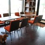 上島珈琲店 - ドッグOKのスペース