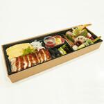 ちょいと。栞屋 - 【テイクアウト】寿司弁当 1200円+税   …栞屋の技術と季節の彩りが盛りだくさん!