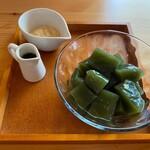cafe こころひかる - 抹茶のくずもち(400円)