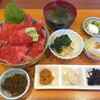 加賀本店 - 料理写真:ローストビーフ丼 1000円税抜き