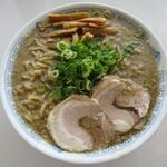 中華そば 雲ノ糸 - 極煮干し中華 麵大盛