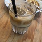 プラスカフェ - アイスアメリカーノ