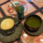 臥牛カフェ - 素敵な色合いです✧︎