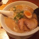 麺や 老虎 - 菊川とんこつらーめん(650円)