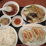 開々亭 - B定食 餃子と日替わり(野菜うま煮)
