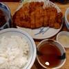 とんとん亭 - 料理写真:がんばロース&牛スジと大根の煮物(1050円税込)
