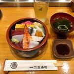 一二三寿司 - 料理写真:ちらし(並)