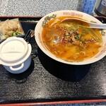 中国家庭料理 王園 - 担々刀削麺税込780円