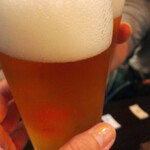 東京駅 斑鳩 - ビールはグラスと缶で