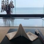 鉄板焼き 七里ガ浜 - 雰囲気ですねー