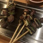 秋吉 - すなぎも(鶏)塩焼 5本395円