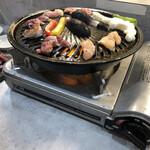 鶏焼肉と鶏料理 鶏'sすたいる - 焼き焼き〜