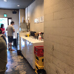 つけ麺 五ノ神製作所 - 箸と水はセルフ