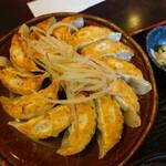 五味八珍 - 浜松餃子定食の餃子