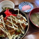 かき小屋 広田湾 - ソースカキフライ丼