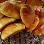 ドンク 二子玉川ライズ - クリームパン