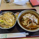 三嶋屋 - 料理写真:親子丼定食@1050 (きしころ)