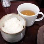 ぶつぎりたんちゃん - ご飯とスープ