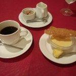 ナトワ - 珈琲と白ゴマのブランマンジェ