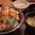 13494936 - 平日ランチ:天丼(900円)