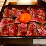 134941985 - 熟成イチボ肉のたたきステーキ重