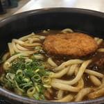西宮名塩サービスエリア(下り線) フードコート - 料理写真:神戸ぼっかけコロッケ入りカレーうどん