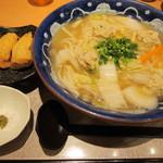水山 - 鶏団子の塩麹ちゃんぽんうどん特盛り1050円&いなり120円