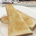 スノービーンズコーヒー - モーニングセットのトースト